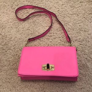 Bright Pink Crossbody 💕